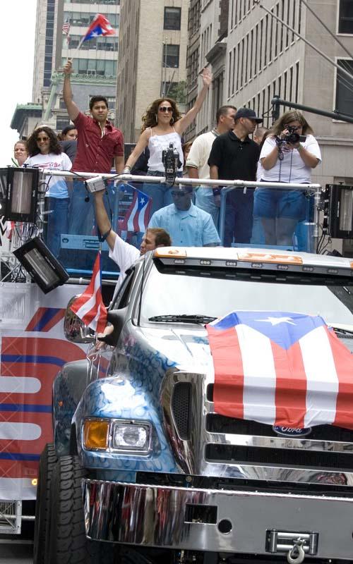 jennifer-lopez-puerto-rican-day-parade NY 2007